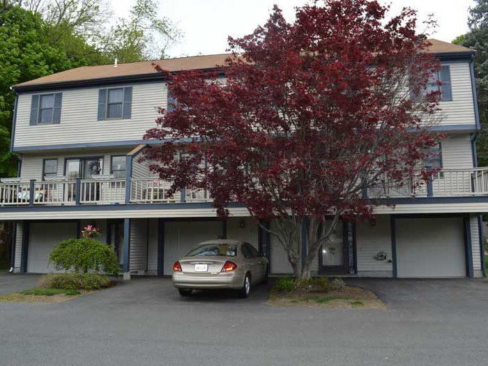 Highland Meadows Condominium