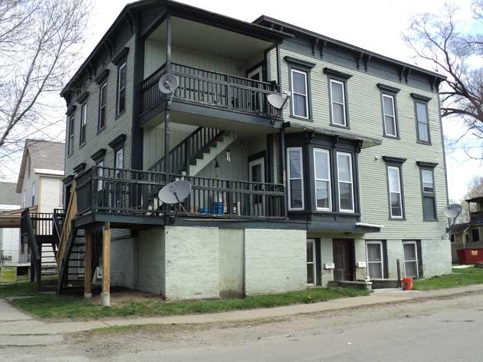 135 Robbins Street